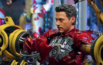 Hot Toys Iron Man 2 Gantry with Mark IV Unboxing Showcase